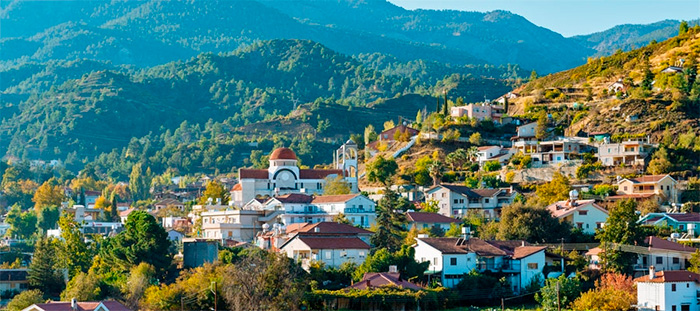 горная деревня Какопетрия