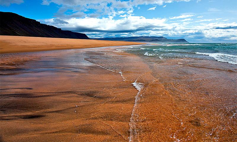 Пляж Раудасандур