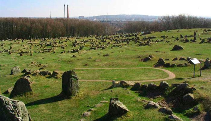 могильники викингов в Линдхольм Хойе