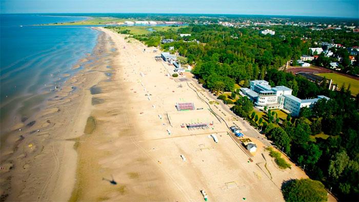 городской пляж Пярну