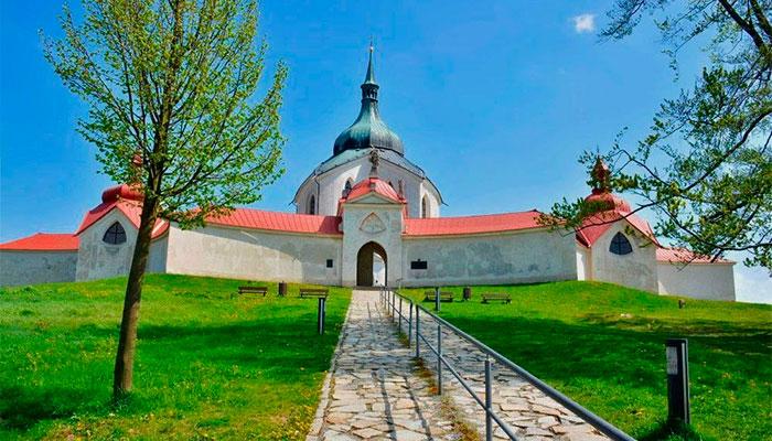 храм святого иоанна непомука