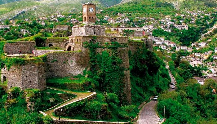 замок Гирокастры
