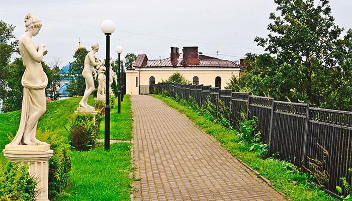 Аллея скульптур