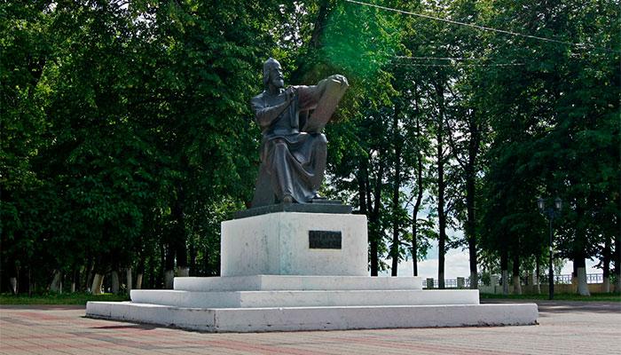 Памятник Андрею Рублёву