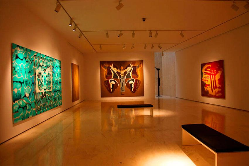 Музей изящных искусств во дворце Гравина