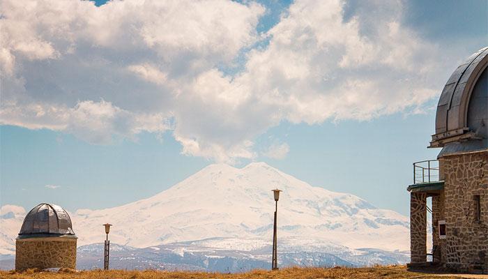 Высокогорная обсерватория на Шатджатмазе