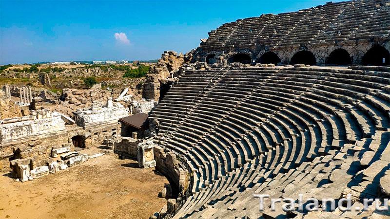Античный амфитеатр Аспендоса