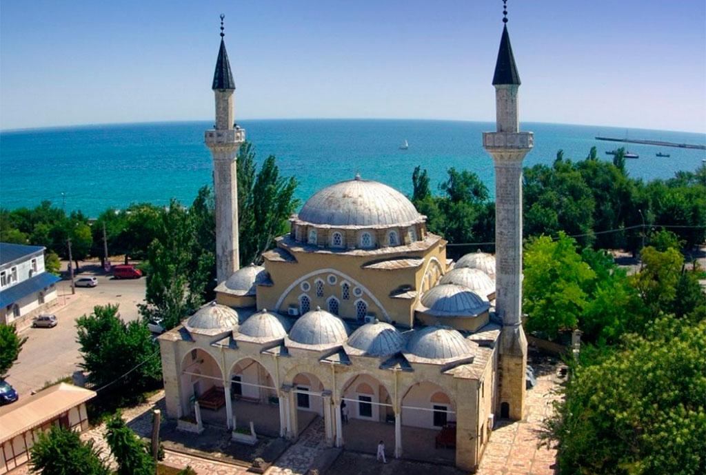 Мечеть Джума-Джами в Евпатории