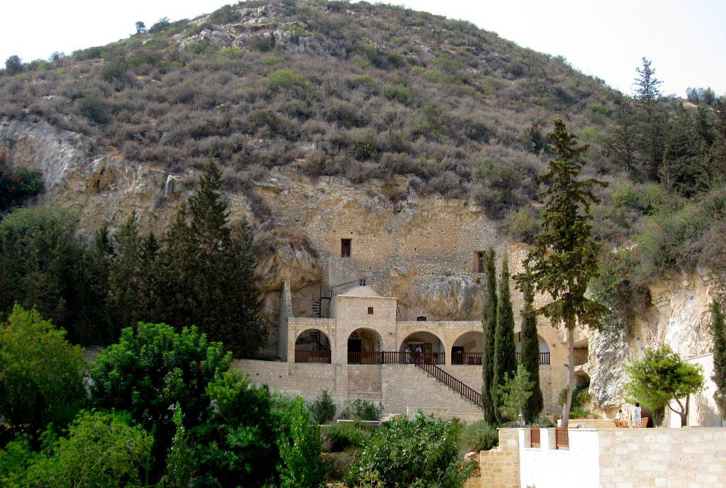 Монастырь Cвятого Неофита