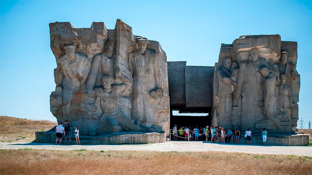 Аджимушкайские каменоломни в Керчи