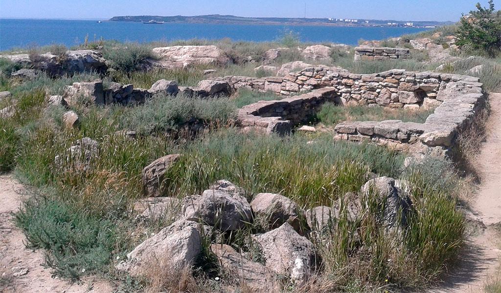 Античный город Мирмекий