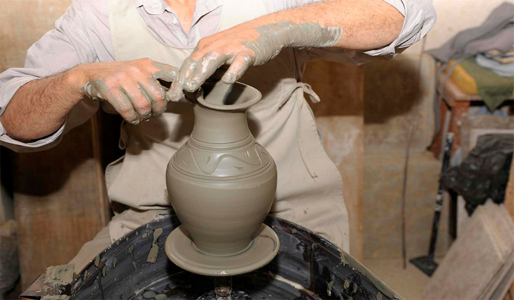 Гончарная мастерская «Emira Pottery»