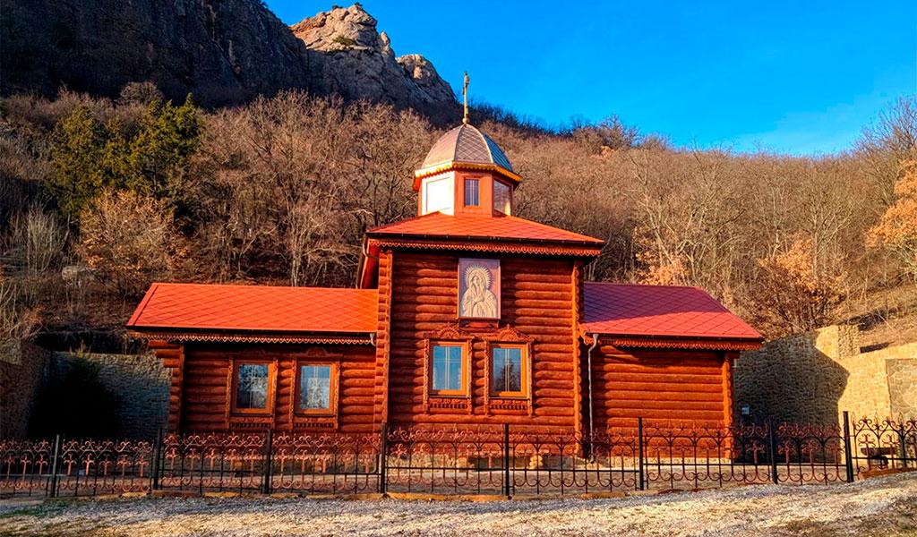Кизилташский Стефана Сурожского мужской монастырь