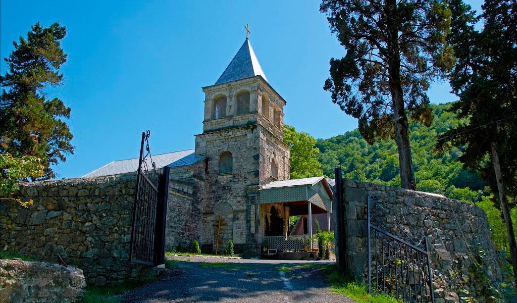 Команский монастырь