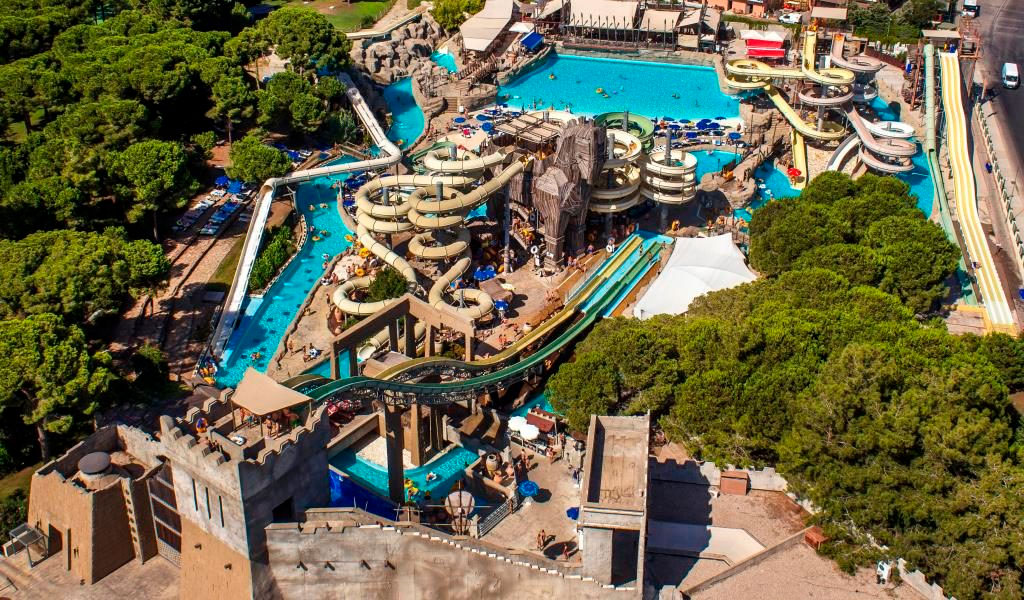 Аквапарк «Троя» с дельфинарием