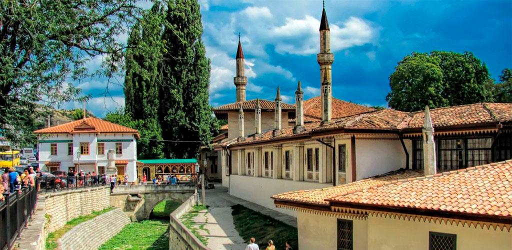 33 достопримечательности Бахчисарая, которые стоит посетить