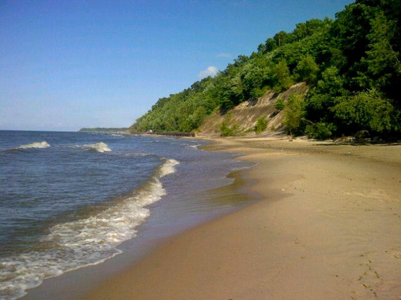 Дикий пляж Светлогорска