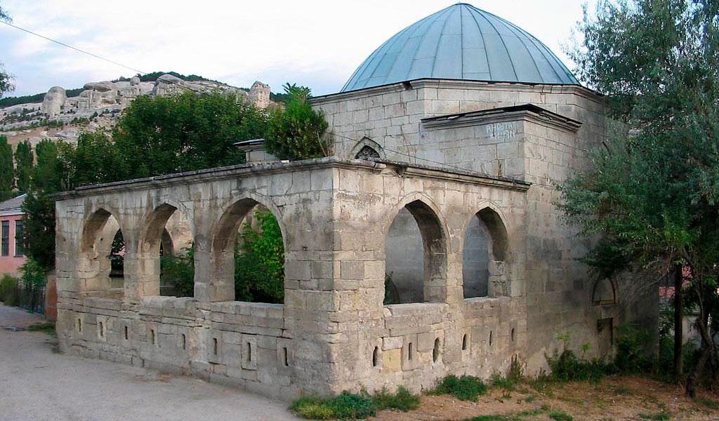 Гробница Эски-Дюрбе