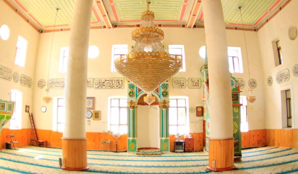 Турецкий квартал и мечеть Орта-Джаме