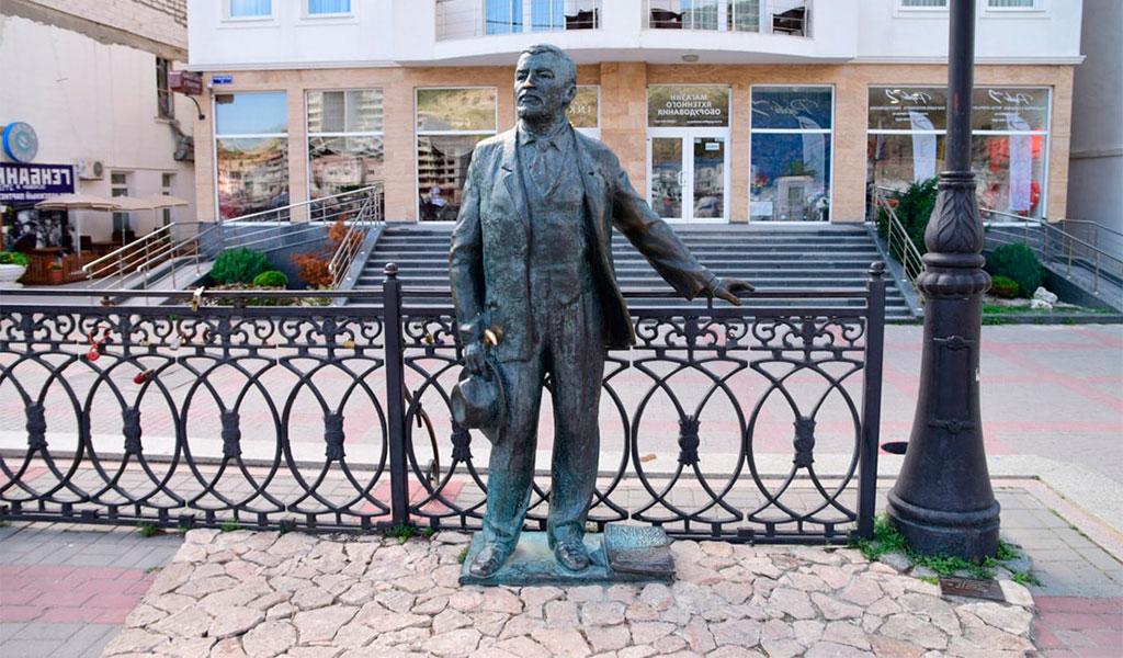 Памятник А.И. Куприну