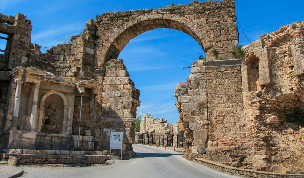 Триумфальная арка императора Веспасиана