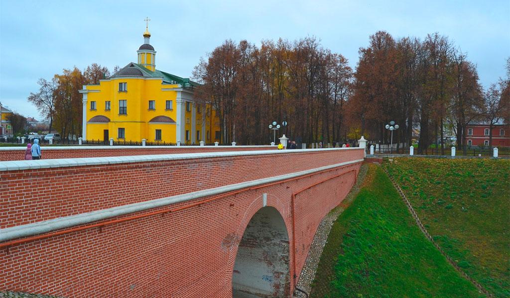 Глебов мост