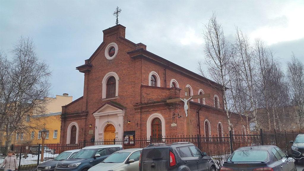Католический храм Матери Божьей