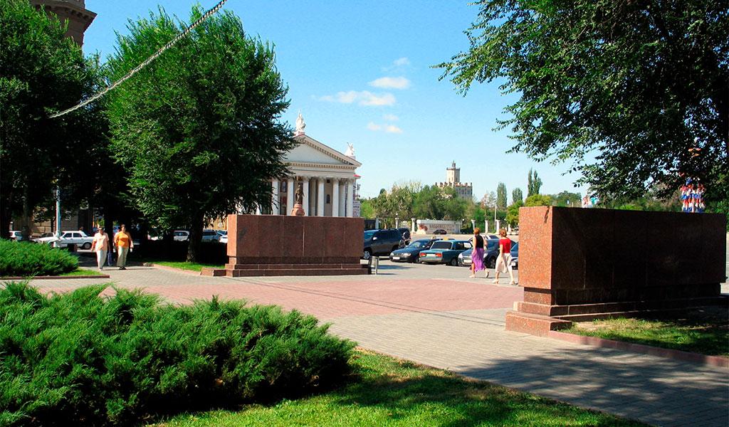 Площадь Павших Борцов