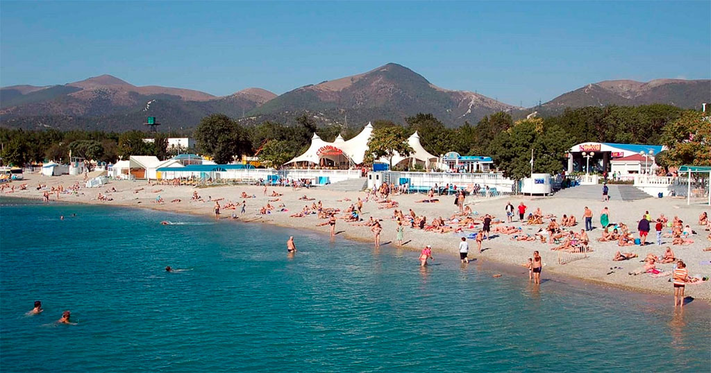 Пляж санатория «Ласточка»